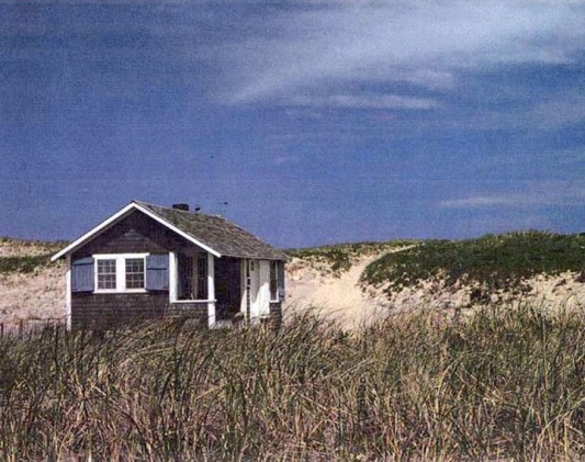 small_dune_shack-720x570