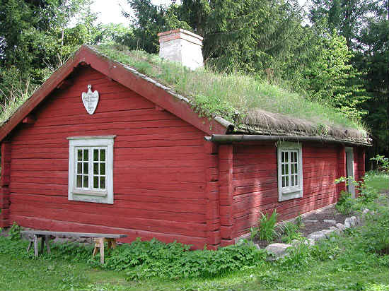 sod-roof-house-in-skansen-resized